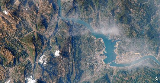 NASA image of Three Gorges Dam reservoir flooding