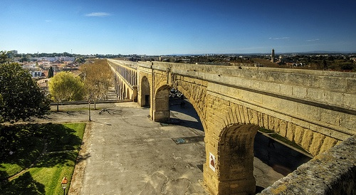 Roman Acqueduct: urban water planning has always been a major issue.
