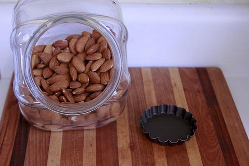almonds for a tart