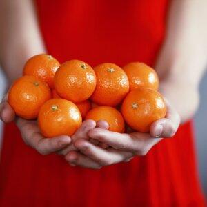 sharing oranges