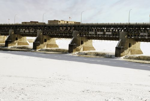 Dam along the Red River