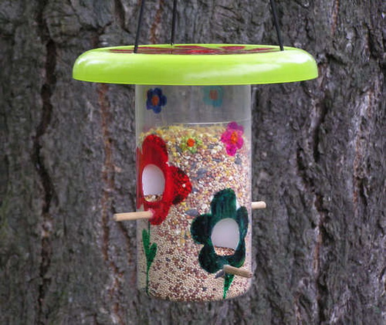 Plastic Jar Bird Feeder