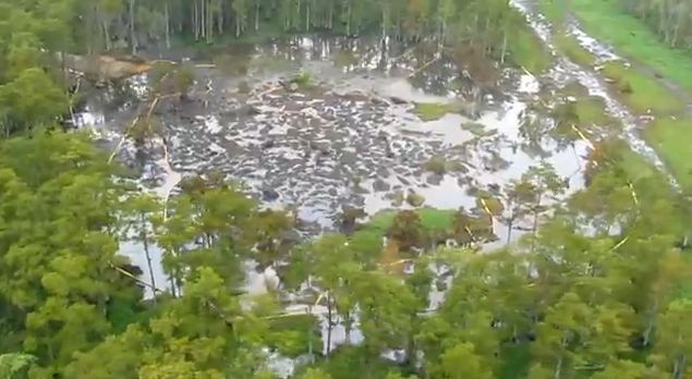 Louisiana Sinkhole 18 Aug 2012