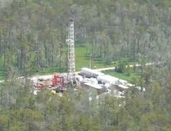 Louisiana Sinkhole 13 Sep 2012 Drilling Rig