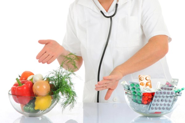 doctor with fruits and veggies