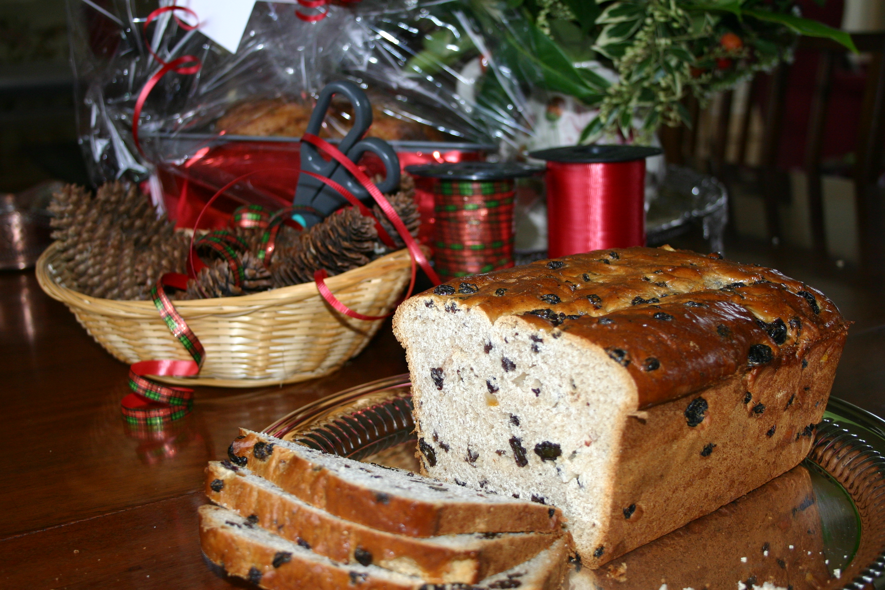 How to Make Yule Loaf photo
