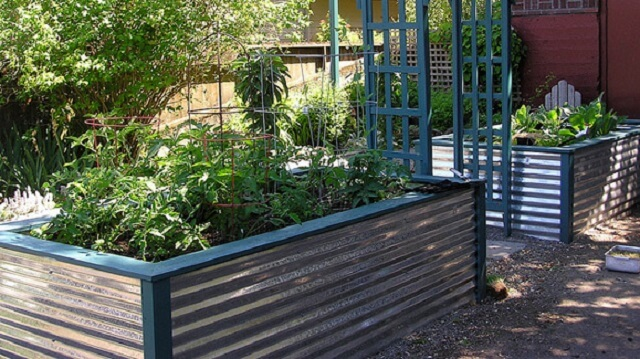 29) Garden Boxes. Corrugated Metal Bed