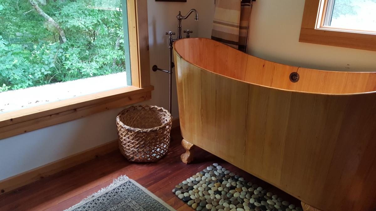 Wooden Bathtubs • Insteading on