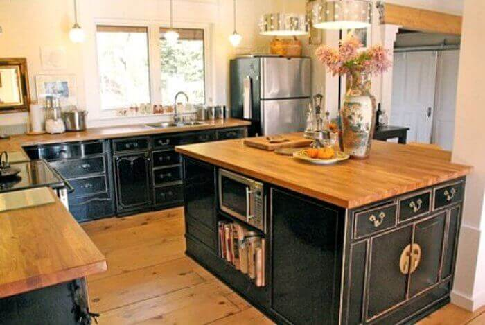 Incroyable Salvaged Kitchen Cabinets