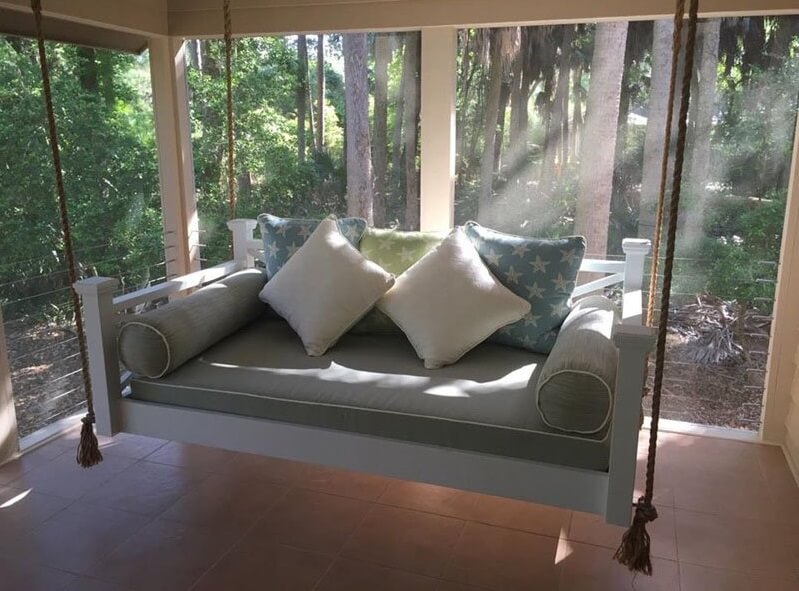 custom-carolina-the-historic-hilton-head-hanging-bed