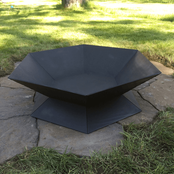 This steel geometric pit can add sharp lines and a simplistic design for a modern yard. Photo via SpireMetalWorks.