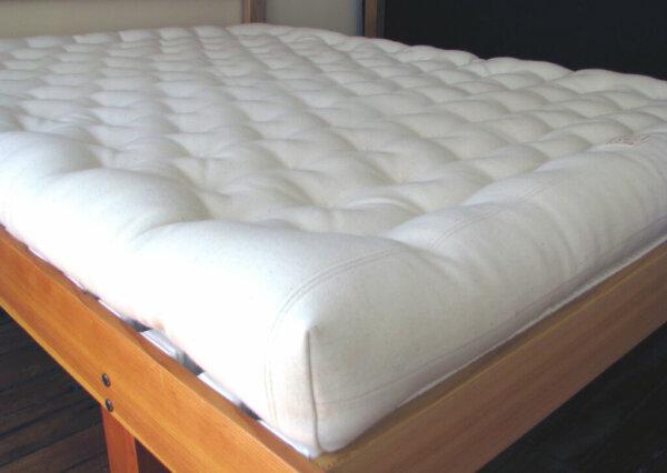 holy-lamb-natural-all-wool-eco-friendly-mattress