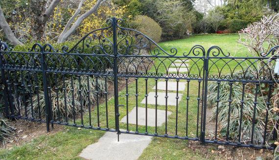 Garden Walkway Gate