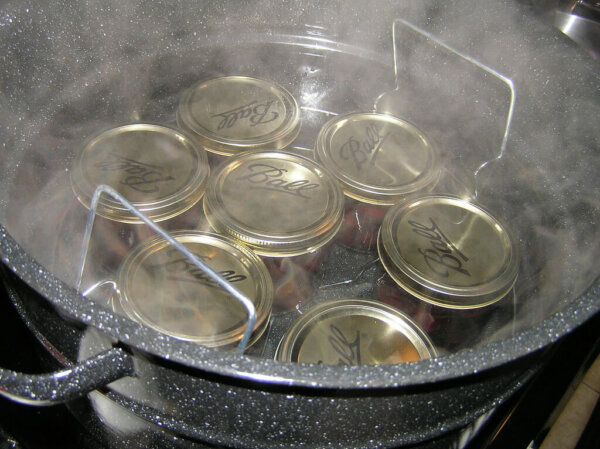 heating canning jars