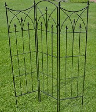 Tudor Steel Folding Screen Trellis