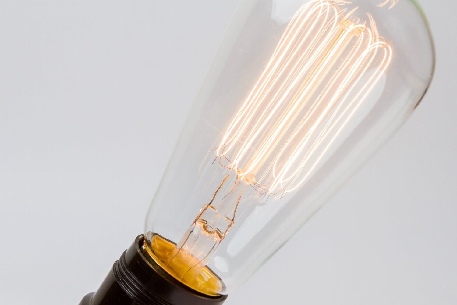 Clear Glass Thomas Edison Style Light Bulb