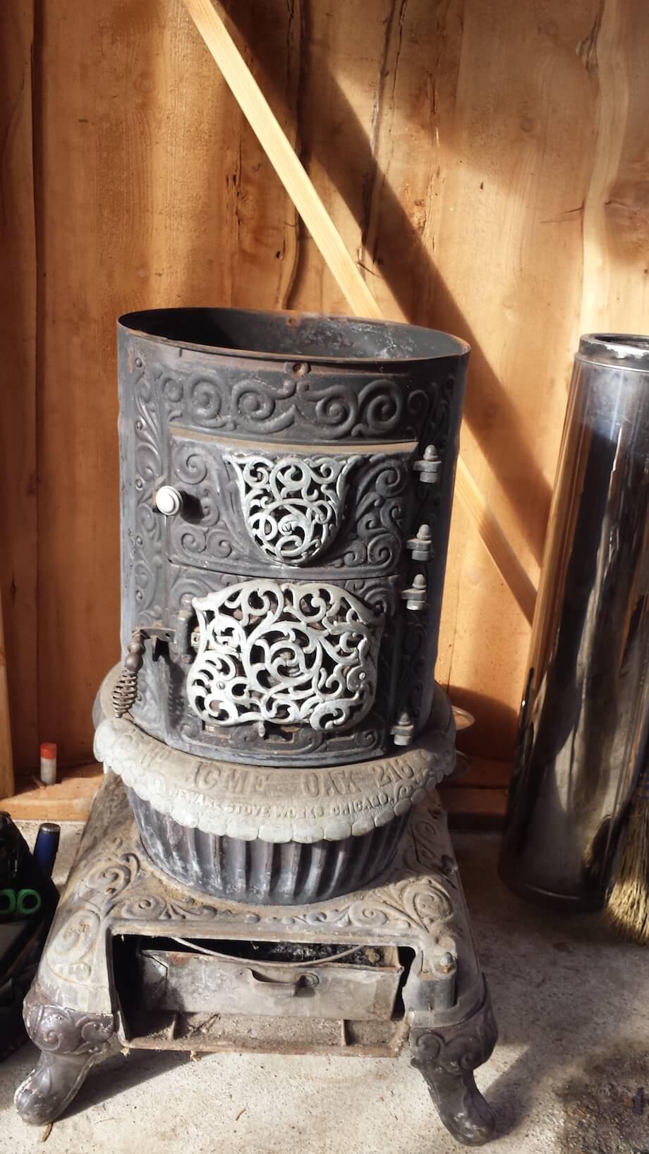 cast-iron stove as DIY sauna heating element