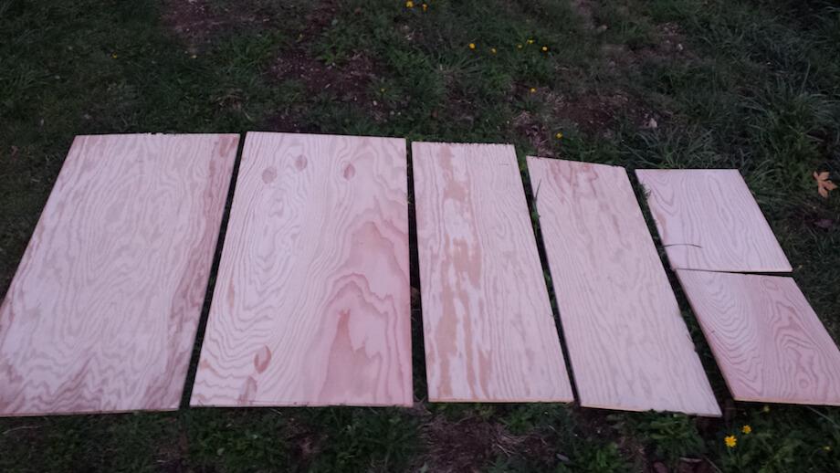 boards cut straight for worm bin