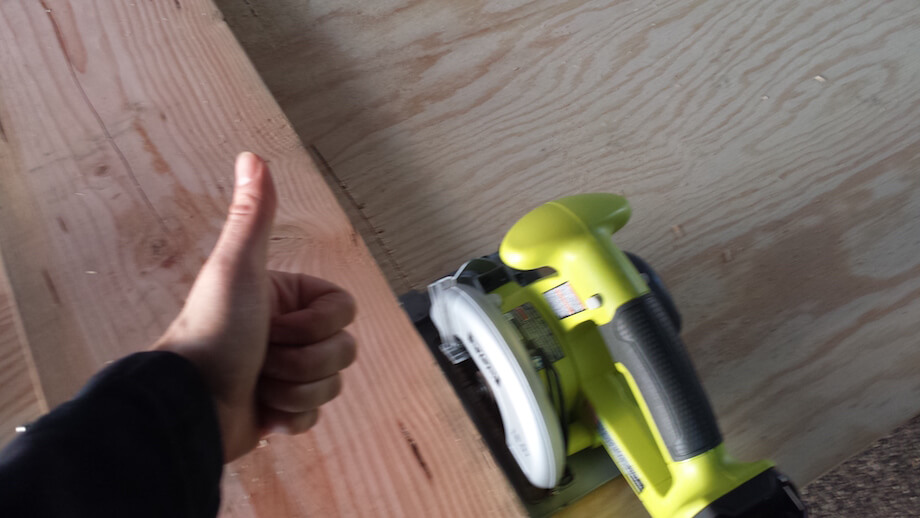 thumbs up to circular saw