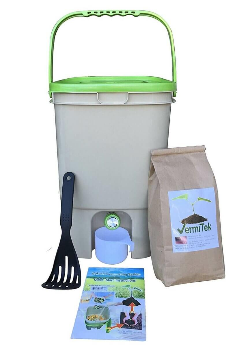 Kitchen Compost Bin Options • Insteading