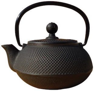 old dutch cast iron sapporo tea kettle