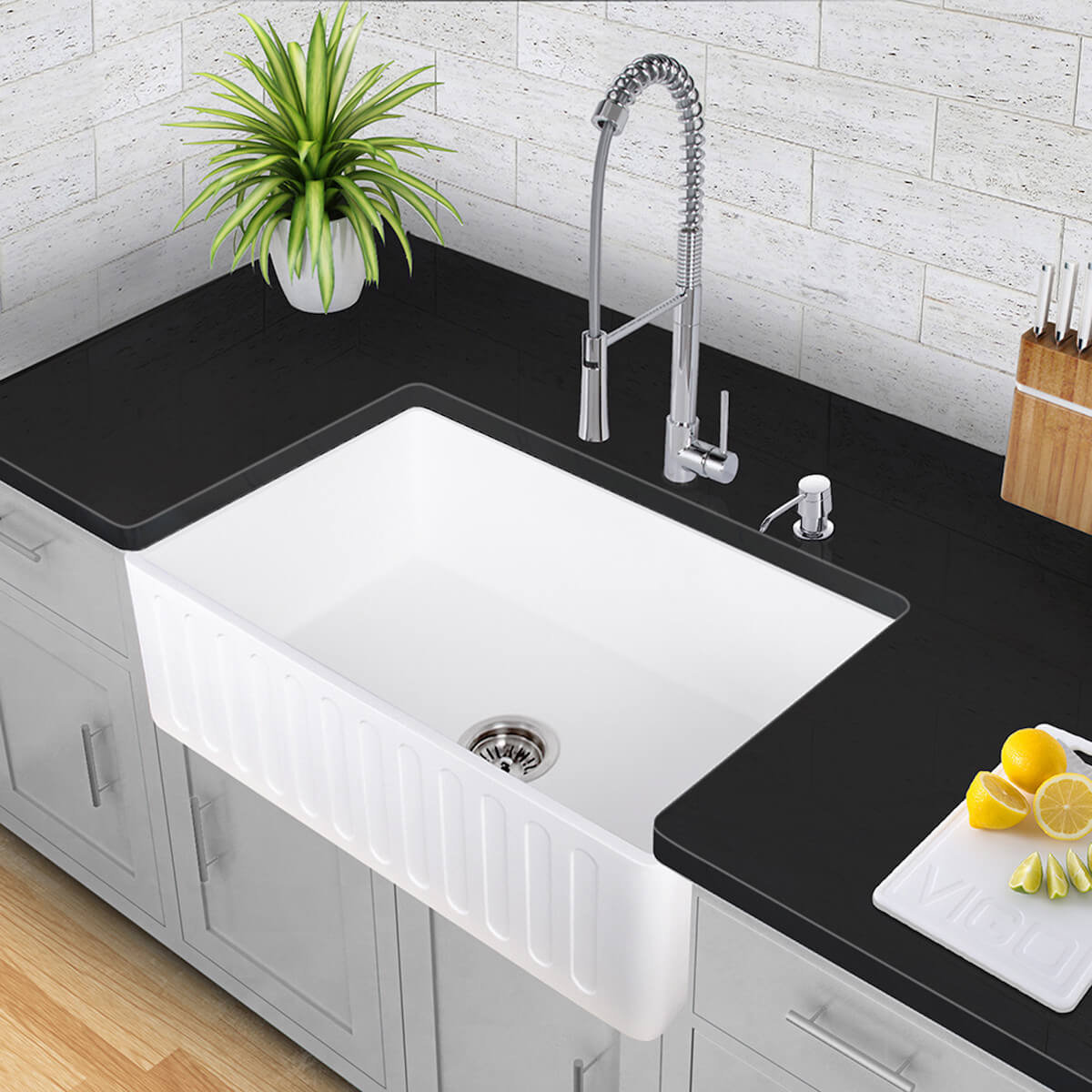 Lovely Farmhouse Sink