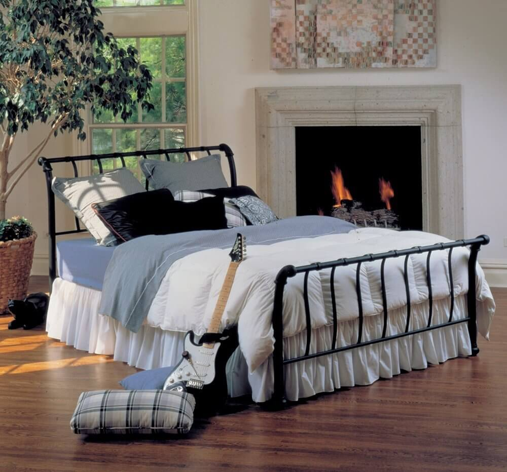 Metal Sleigh Bed Frame