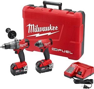 red milwaukee cordless drill set