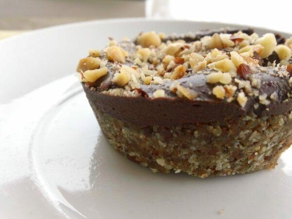 (Mostly) Raw Hazelnut Chocolate Tarts