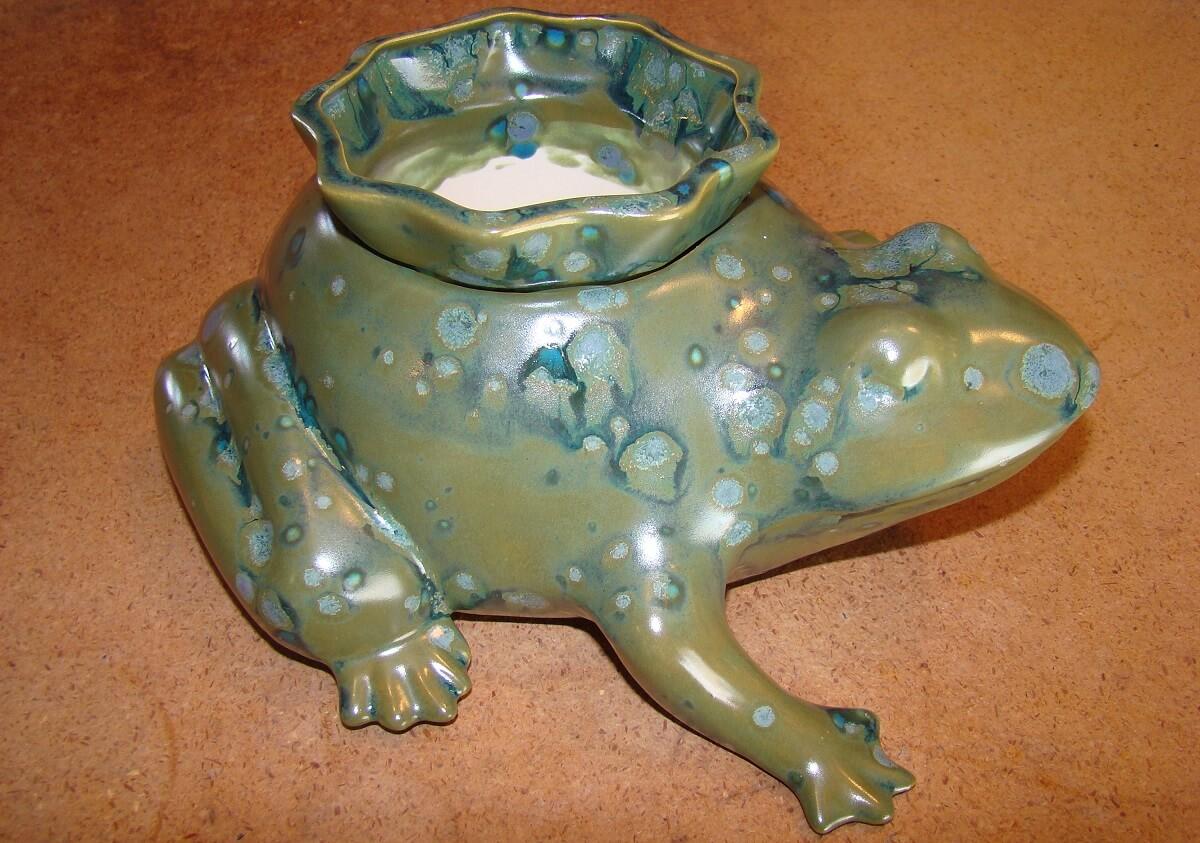 Frog Self-Watering Planter