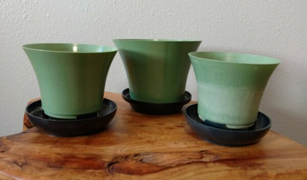 small vintage planters