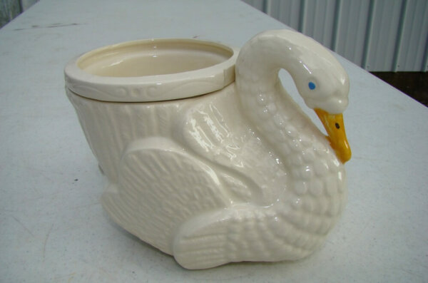 swan self watering planter