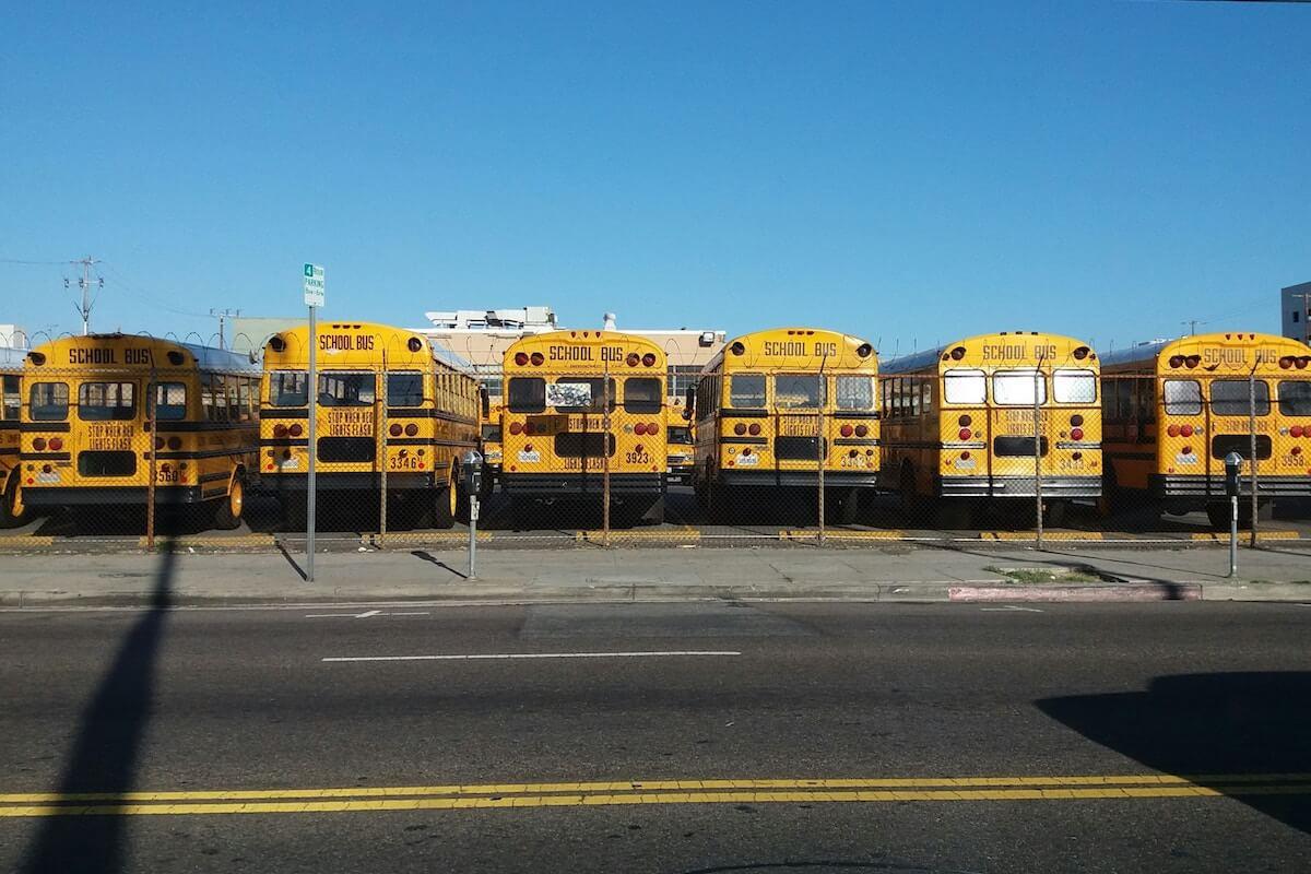 10 Amazing School Bus Conversions • Insteading