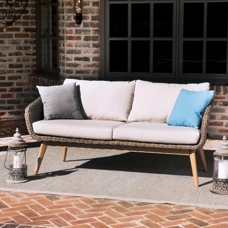 Traditional Rattan Loveseat Outdoor Sofa