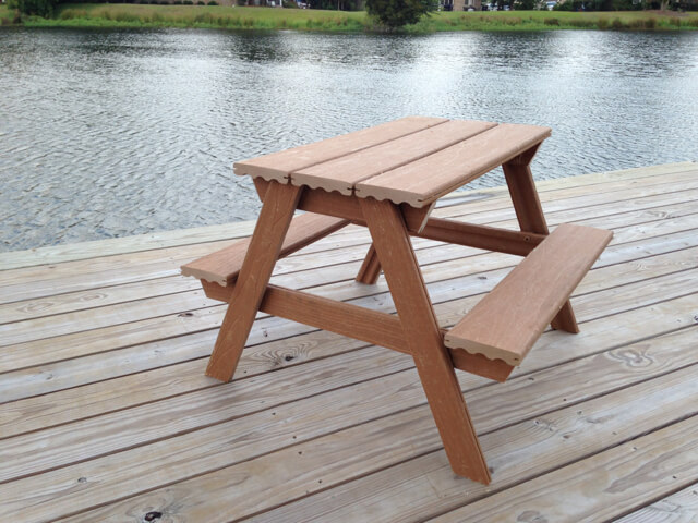 Composite Child-Sized Picnic Table