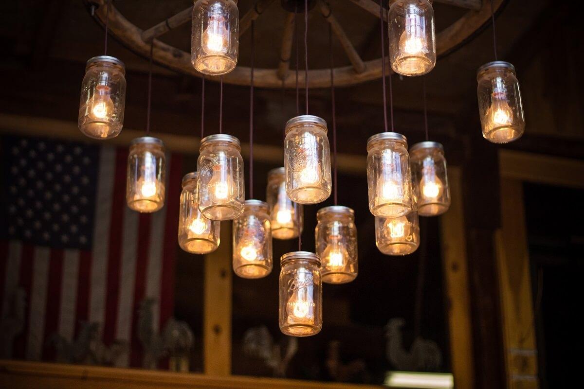mason jar DIY chandelier