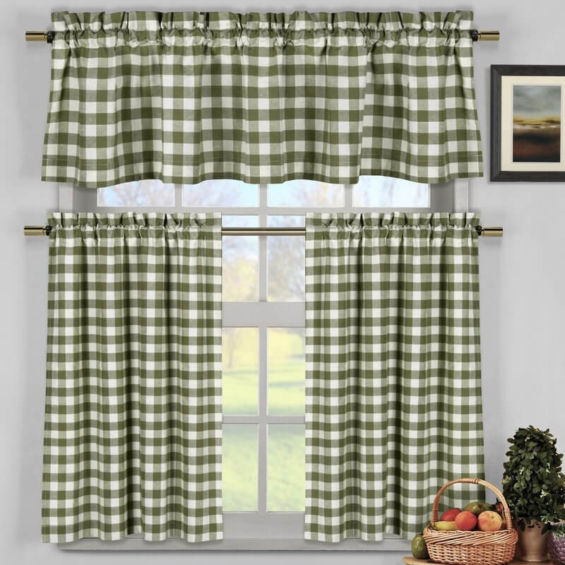 Traditional Gingham Kitchen Curtains