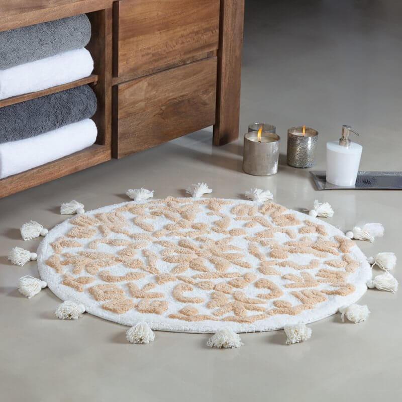 Round Bathroom Rug With Tassles