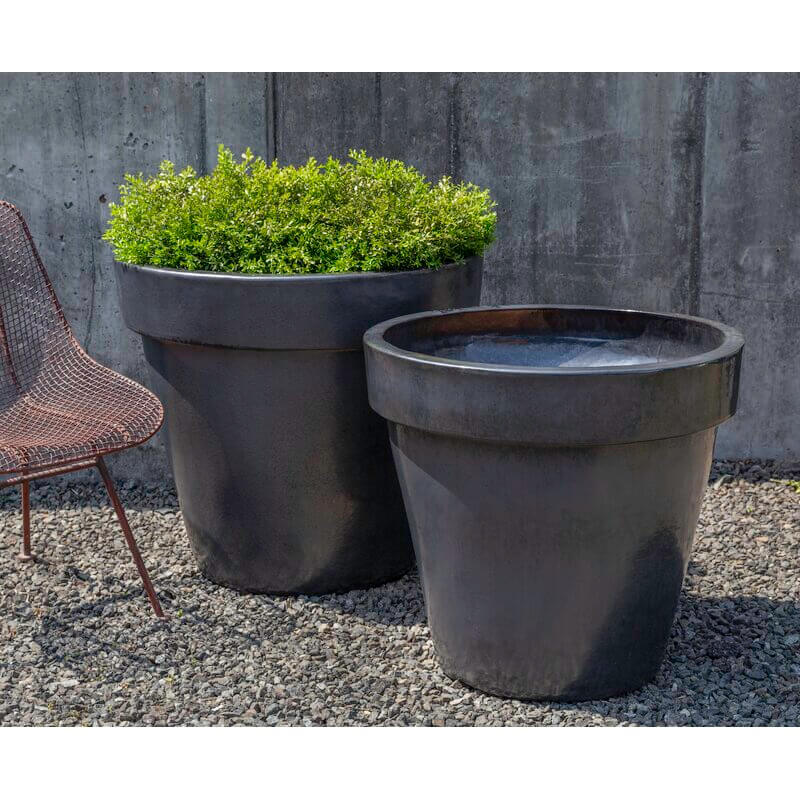 Traditional Set of Two Terracotta Planters