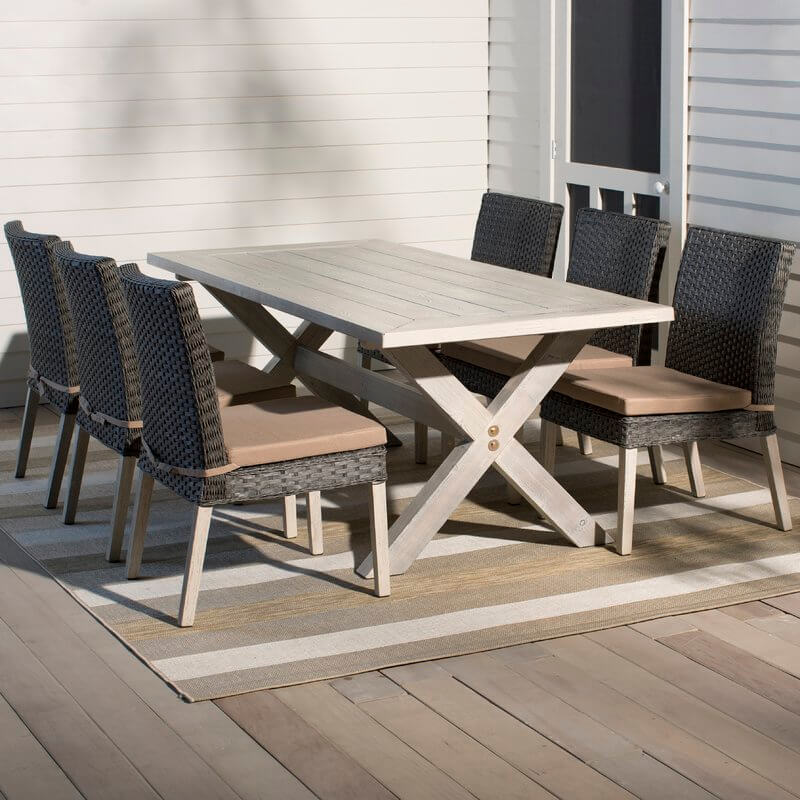 Farmhouse Style Wicker Patio Dining Set