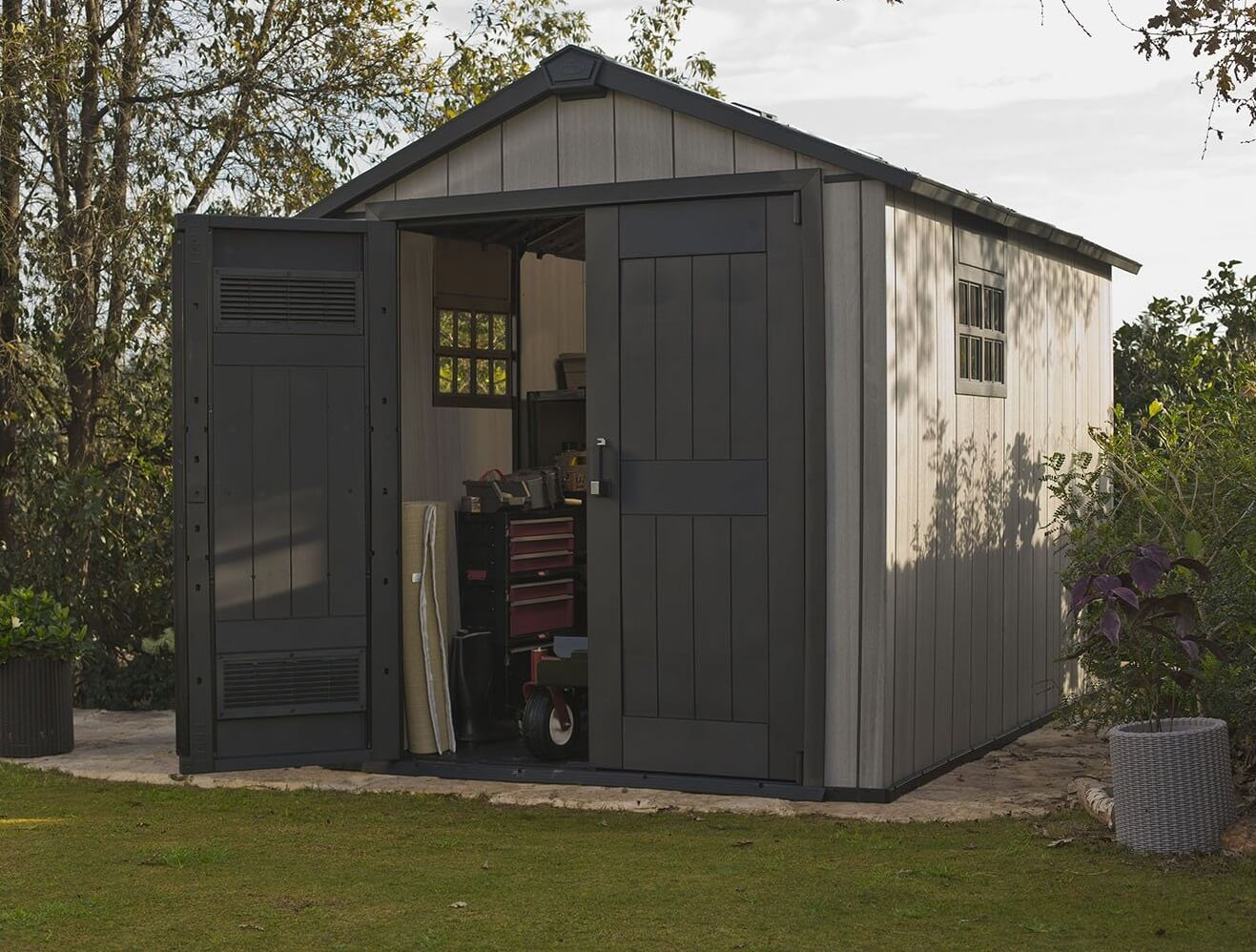 7.5' x 11' Resin Storage Shed