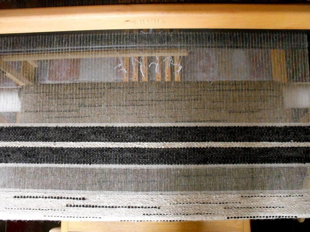 weaving wool