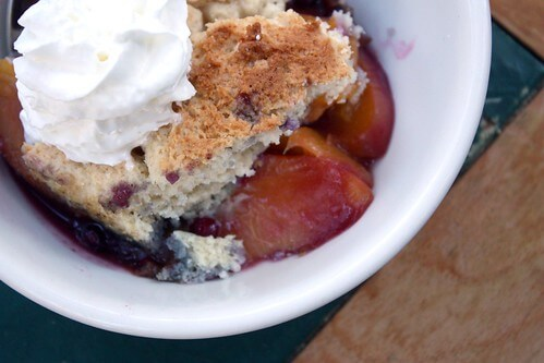 huckleberry peach cobbler recipe
