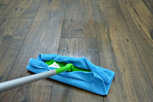 dry mop floor cleaner