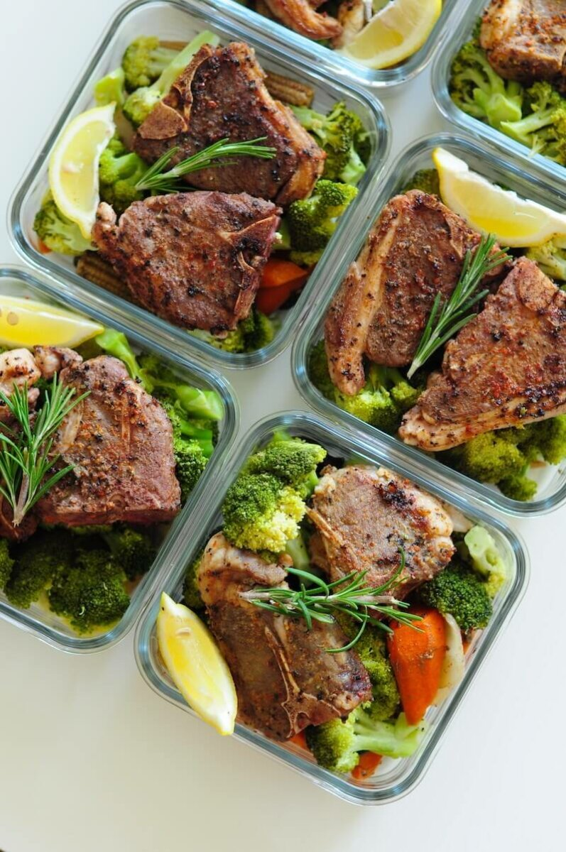 lamb chops with steamed broccoli
