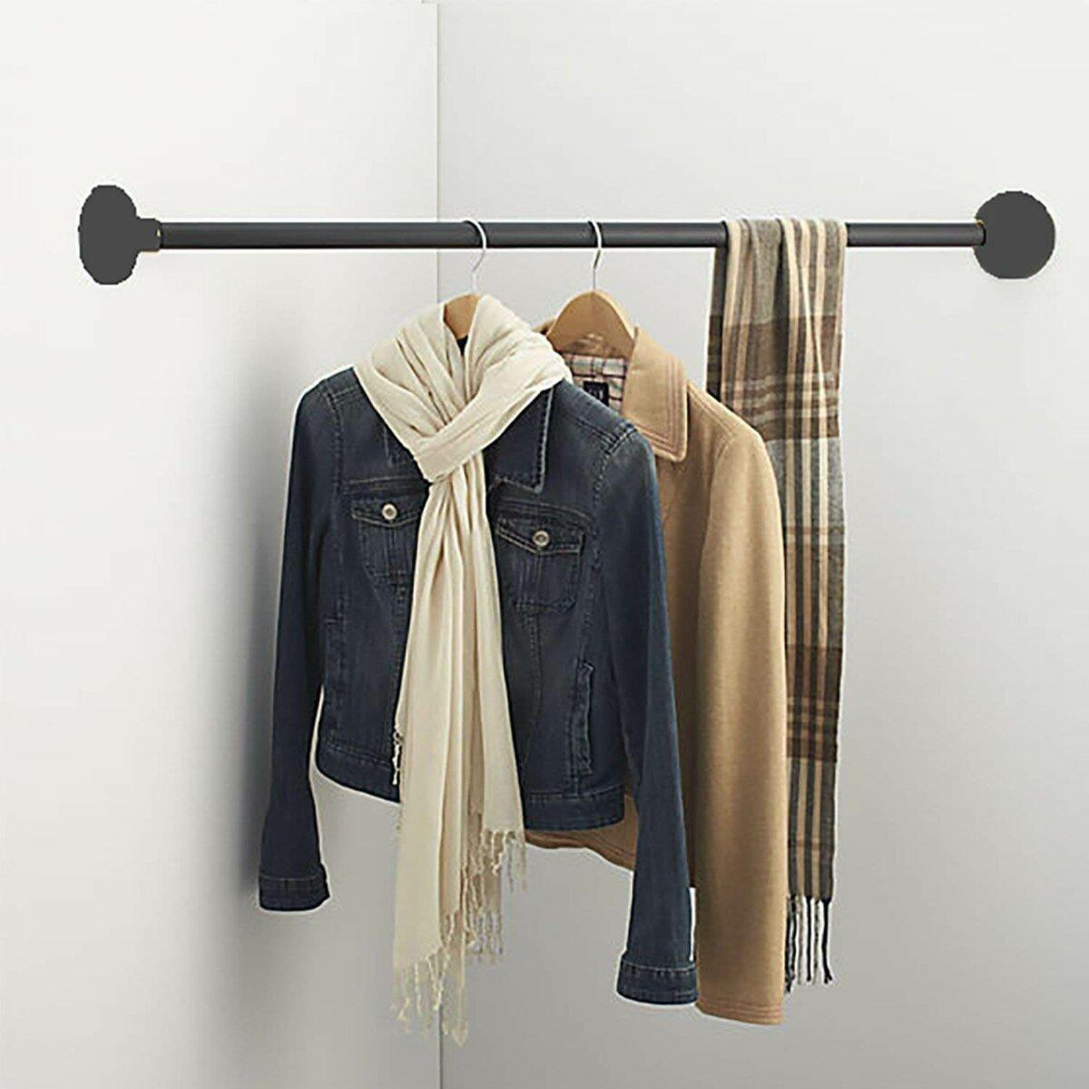 corner bar for clothing storage