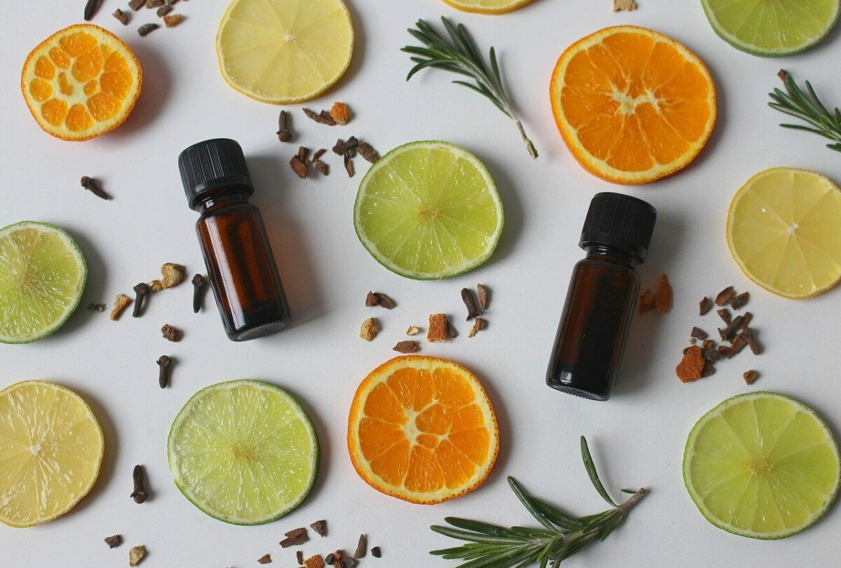 essential oils and citrus