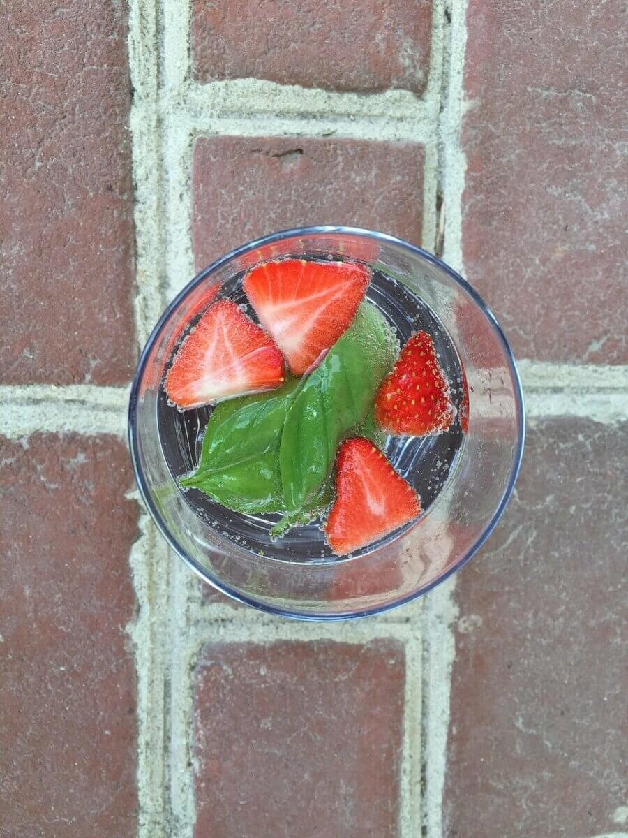 strawberry basil flavored water drink