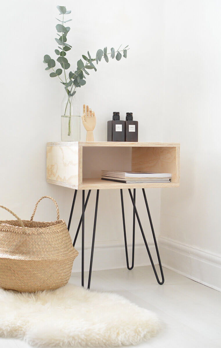 nightstand with hairpin legs