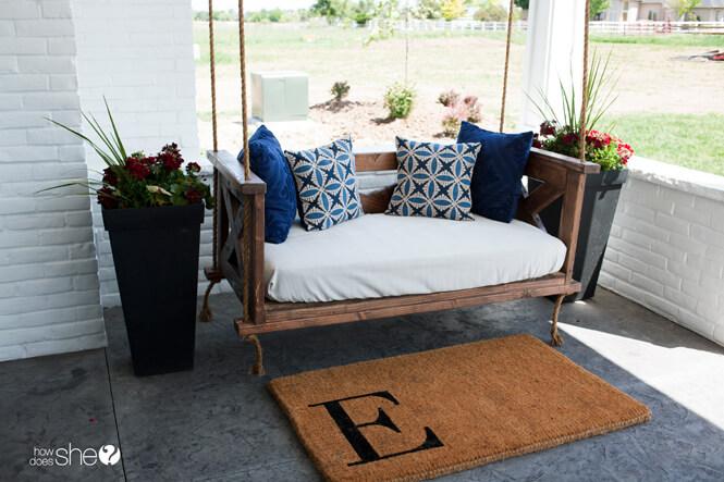 super-comfy-porch-swing